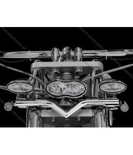 Uchwyt dodatkowych reflektorów V-BAR do VTX1800. Producent: Highway Hawk.